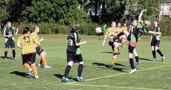 Mehrkampfszenen im Fußball