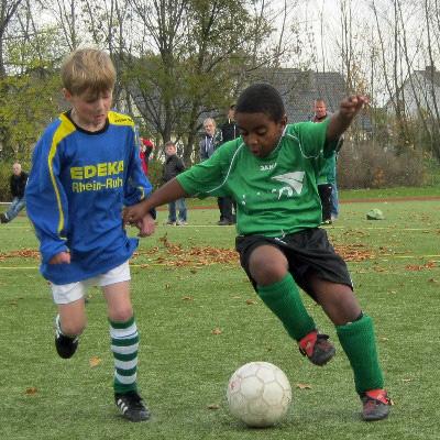 Zweikampf im Heimspiel der F-Jugend gegen Belle