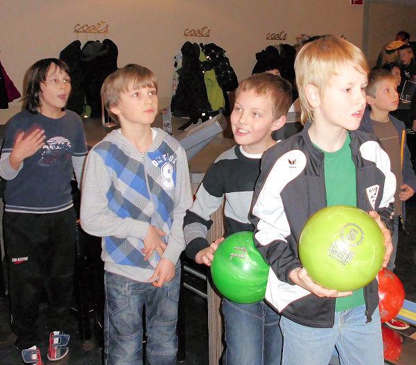 Spaß und Begeisterung beim Bowling