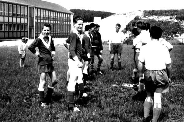 """Spiel in Heiligenkirchen auf """"Rasen"""""""