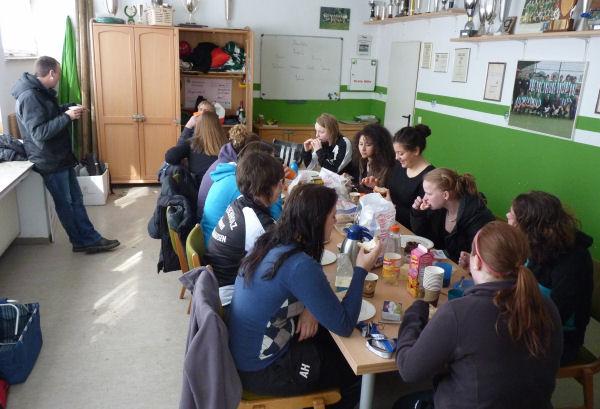 Gemeinsames Frühstück statt Meisterschaftspartie
