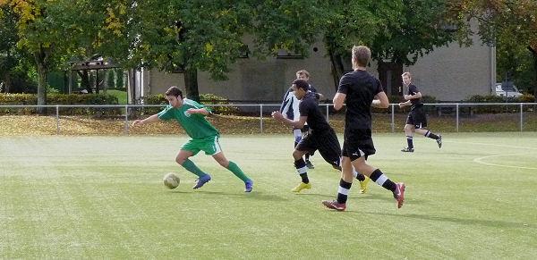 """Ballbehauptung - dieses Mal gegen """"nur"""" zwei"""