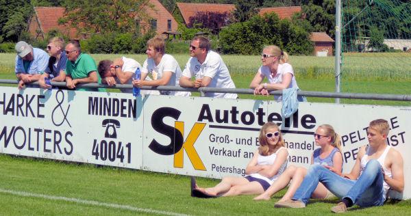 TuS-Fans unterstützten den SC RW Maaslingen