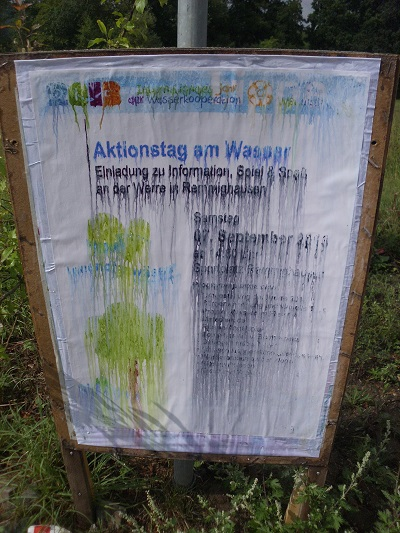 """Das Plakat hat die ersten """"Regenfälle"""" nicht überstanden ;-)"""
