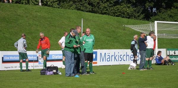 Coach Sieghard mit taktischen Anweisungen ;-)