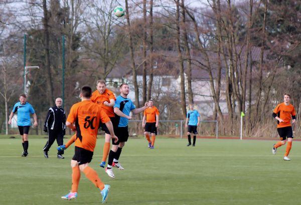 Zweite Halbzeit mit 6 Treffern - Remis der TuS-Reserve gegen BSV Heidenoldendorf II