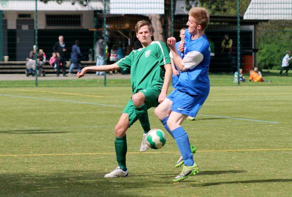 Intensives Spiel mit packenden Duellen zwischen Eichholz und Falkenhagen