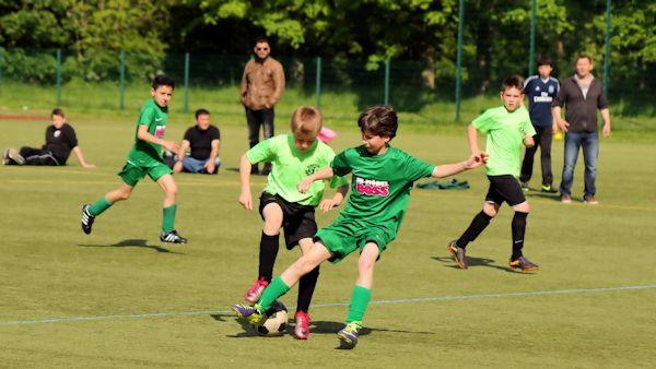 E-Jugend-Fußball auf technisch hohem Niveau
