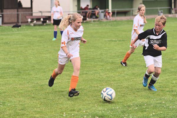 Joelina unermüdlich im Vorwärtsgang - nicht zu halten bei ihren Treffern!