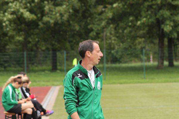 Coach Thomas Labus - mit analytischem Blick fürs Wesentliche