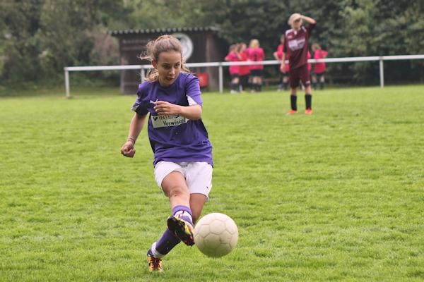 Hannah zieht ab - drei Tore und Einsatz auf nahezu allen Positionen, sogar als Keeper