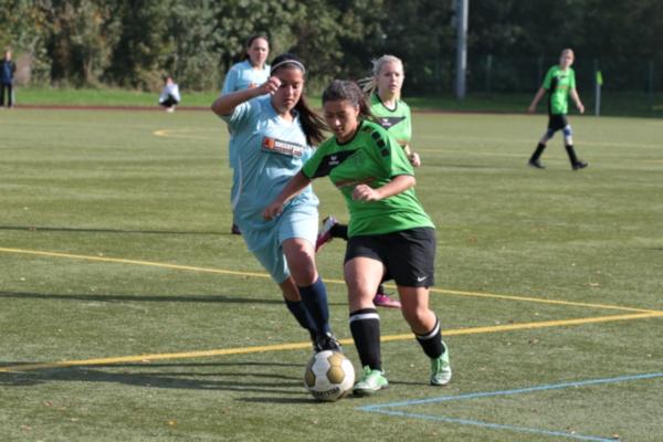 Defensivspielerin Sarra bei einem ihrer Ausflüge nach Vorne