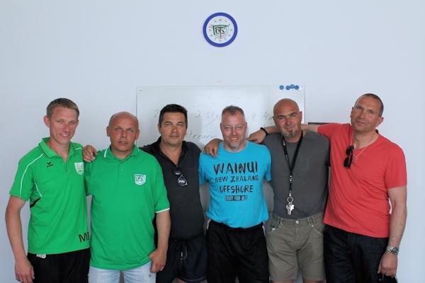 Die Perspektive! Mario, Martin, Obmann Kai, Stefan, Abteilungsleiter Dirk Gröne, Michael