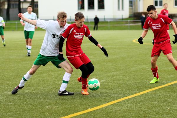 Grün-Weiß hält kämpferisch mit - Punkte gehen nach Blomberg