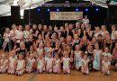 Tanzgruppen bei 900 Jahre Diestelbruch