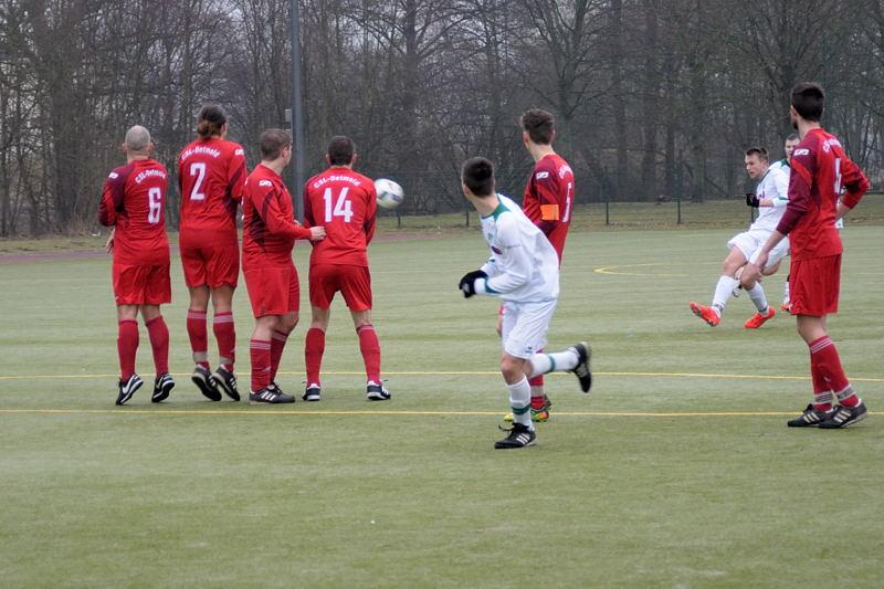 Jannik Rother mit Elfmeter zum 5:2 und mit diesem Freistoß zum 6:2