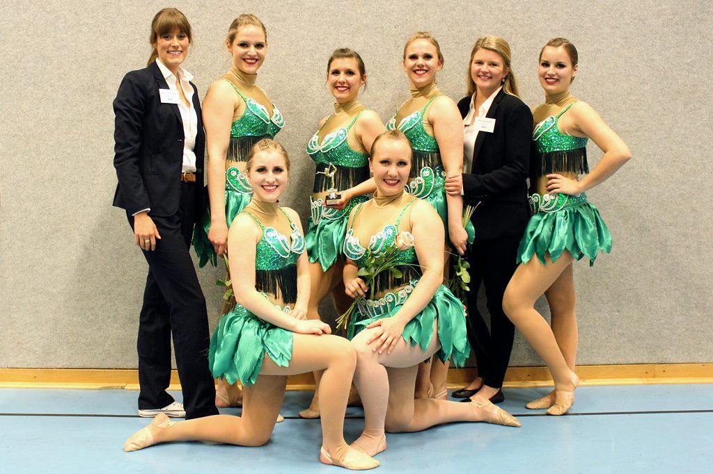Tanzgruppe 2Punkt0