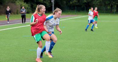 6:0 gegen BW Paderborn!  Frauen verdienen sich ersten Dreier